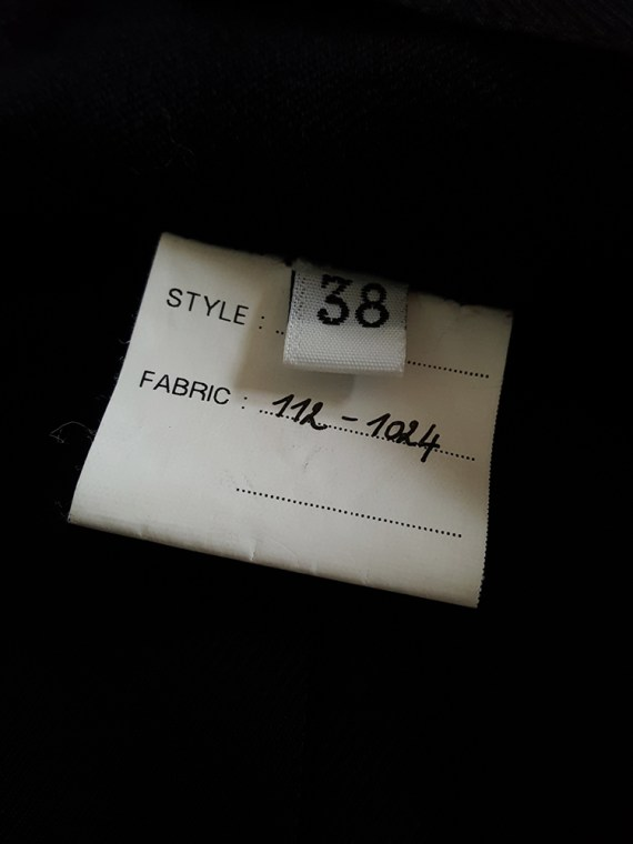 Ann Demeulemeester black blazer with cut panel runway fall 2011 _124445