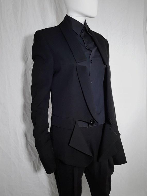 Ann Demeulemeester black blazer with cut panel runway fall 2011 _173752(0)