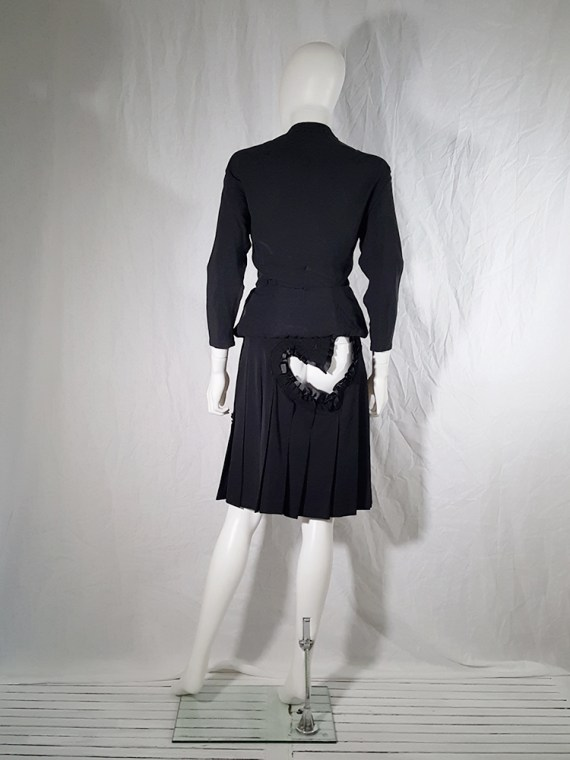 vintage Comme des Garcons black pleated skirt with ruffled hearts cut outs runway fall 2008_160011