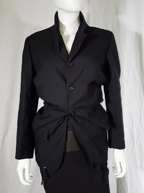 archive Comme des Garçons black blazer with gathered waist — fall 1990