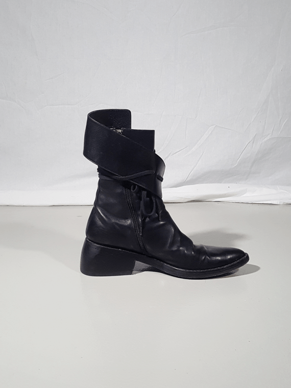Ann Demeulemeester black pirate boots with curved heel 3028