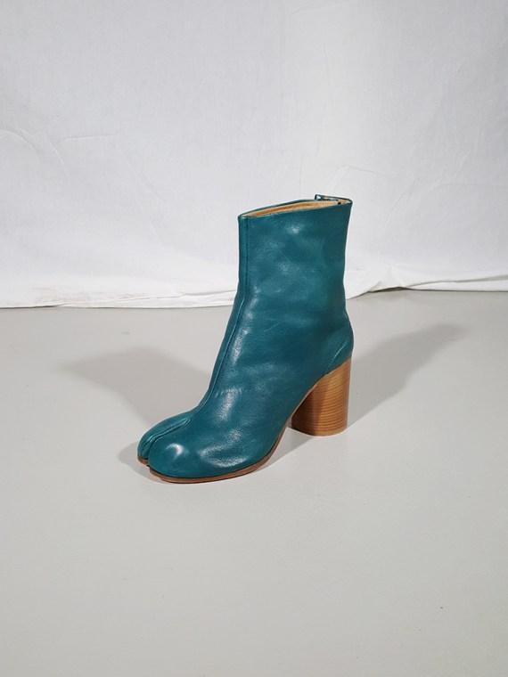 vintage Maison Martin Margiela green tabi boots with wooden block heel 181433