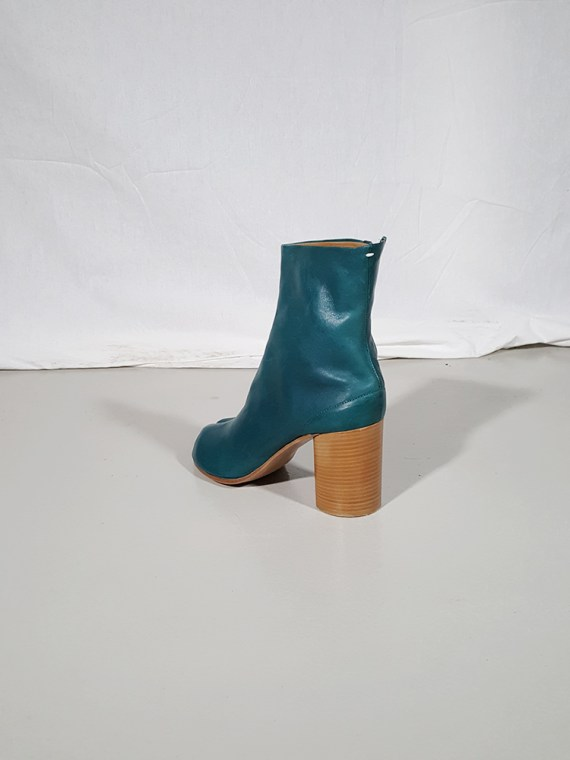 vintage Maison Martin Margiela green tabi boots with wooden block heel 181530