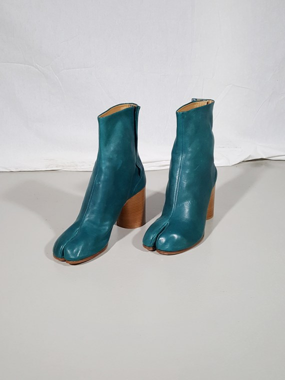vintage Maison Martin Margiela green tabi boots with wooden block heel 181610(0)