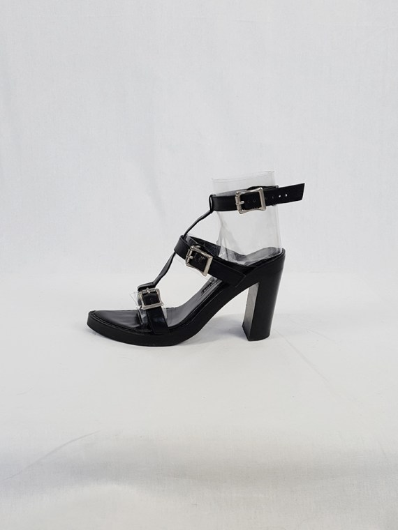Ann Demeulemeester black crossed buckle sandals — spring 2003 (37)