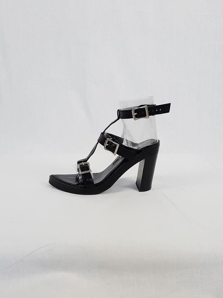 Ann Demeulemeester black crossed buckle sandals — spring 2003 (37)