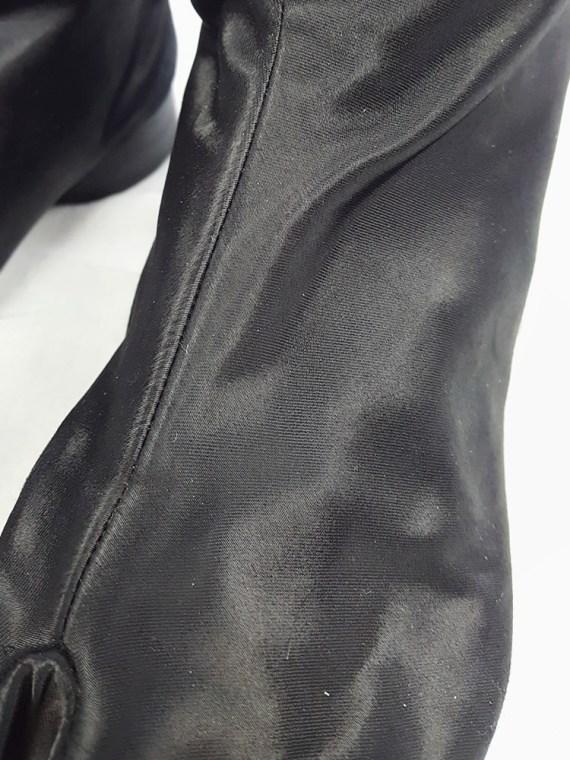 vintage Maison Martin Margiela black satin tabi boots with low heel fall 1998 105715