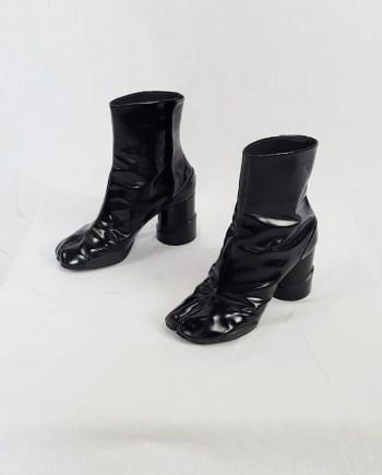 Maison Martin Margiela black patent techno tabi boots (40) — fall 2014