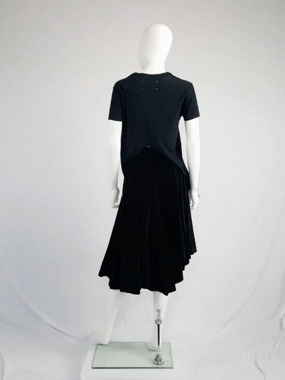 vintage Maison Martin Margiela black t-shirt hanging on the front of the body spring 2003 121056