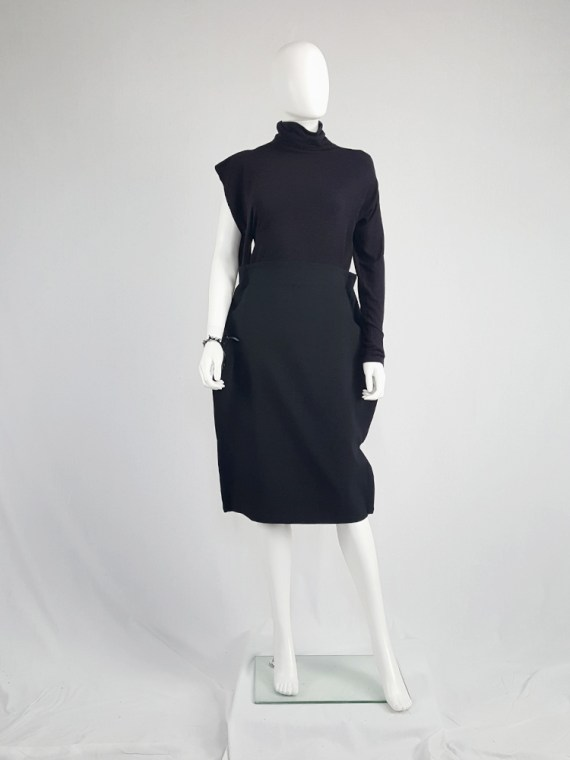 vintage Maison Martin Margiela black jumper with peak shoulder runway fall 2009 105807(0)