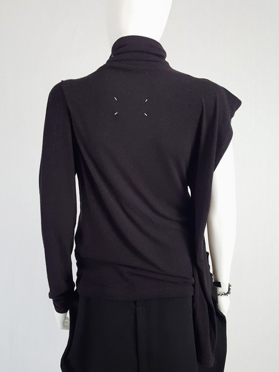 vintage Maison Martin Margiela black jumper with peak shoulder runway fall 2009 110130