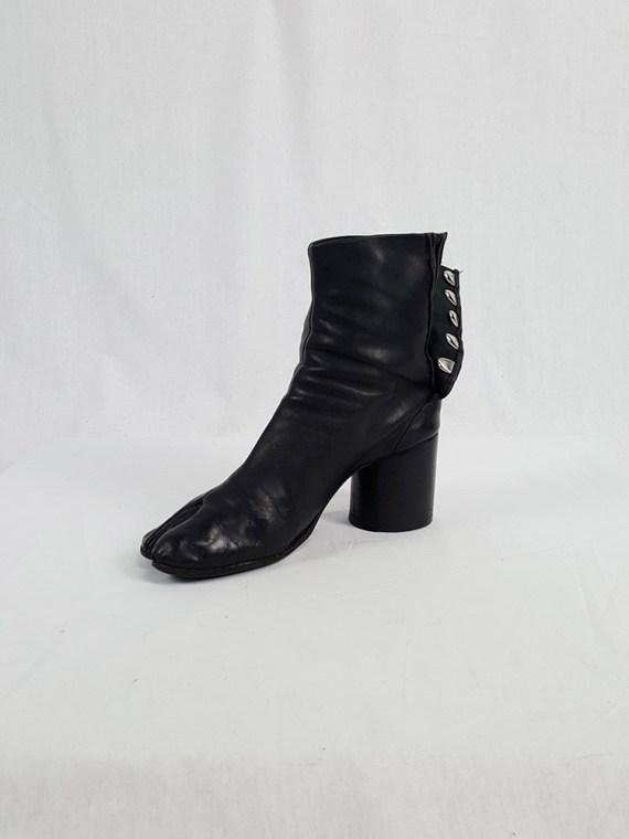 vintage Maison Martin Margiela black leather tabi boots with block heel 1990s archive 111853