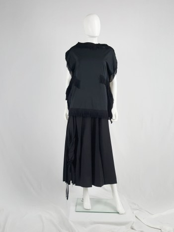 Comme des Garçons black 2D top with fringe trims — fall 2012