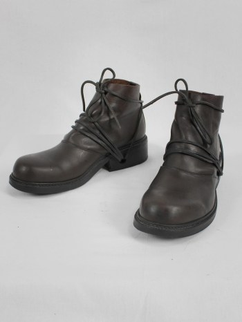 Dirk Bikkembergs brown boots with flap and laces through the soles (44) — late 90's