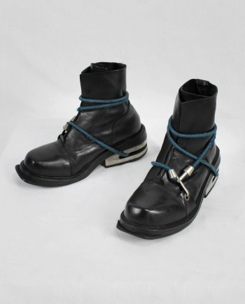 Dirk Bikkembergs black mountaineering boots with blue elastic (41) — fall 1996