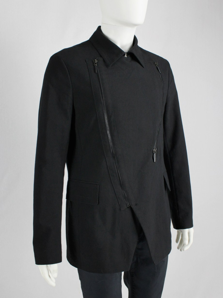 Dirk Bikkembergs dark blue coat with curved zippers — fall 2003