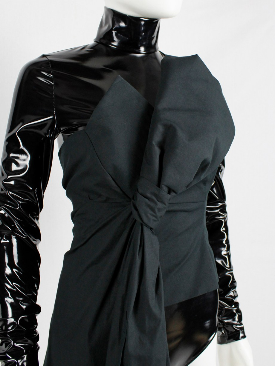 A.F. Vandevorst black bustier with large bow and drape made of a shirtdress — fall 2017 couture
