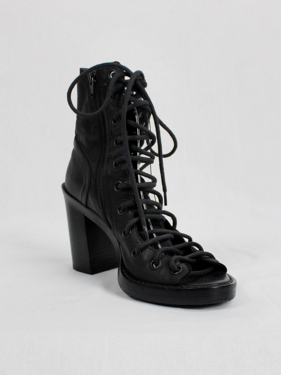 Ann Demeulemeester black high heeled sandals with corset lacing (37.5) — spring 2009