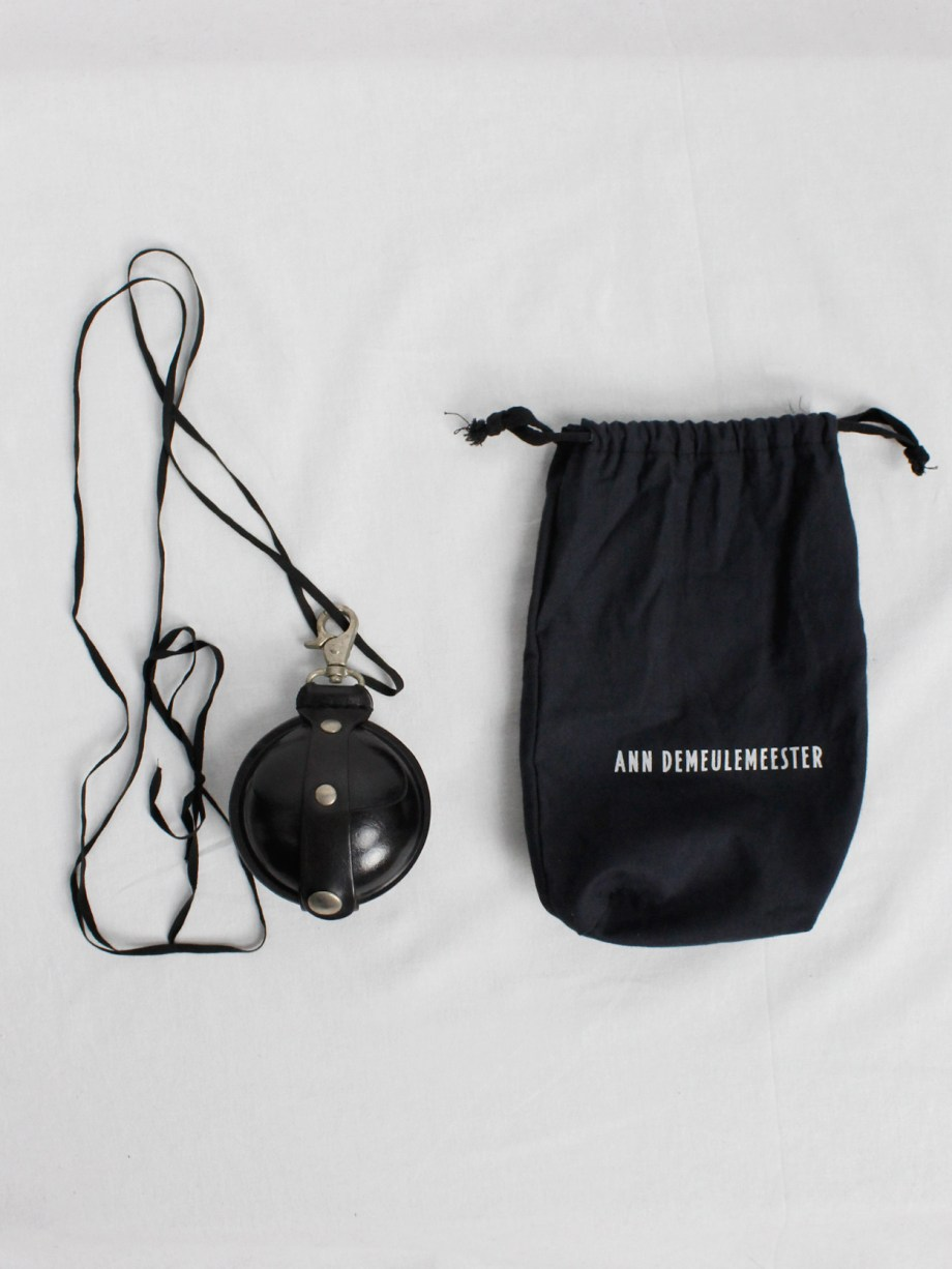Ann Demeulemeester black large leather coin pouch on a necklace — 2000 (1)