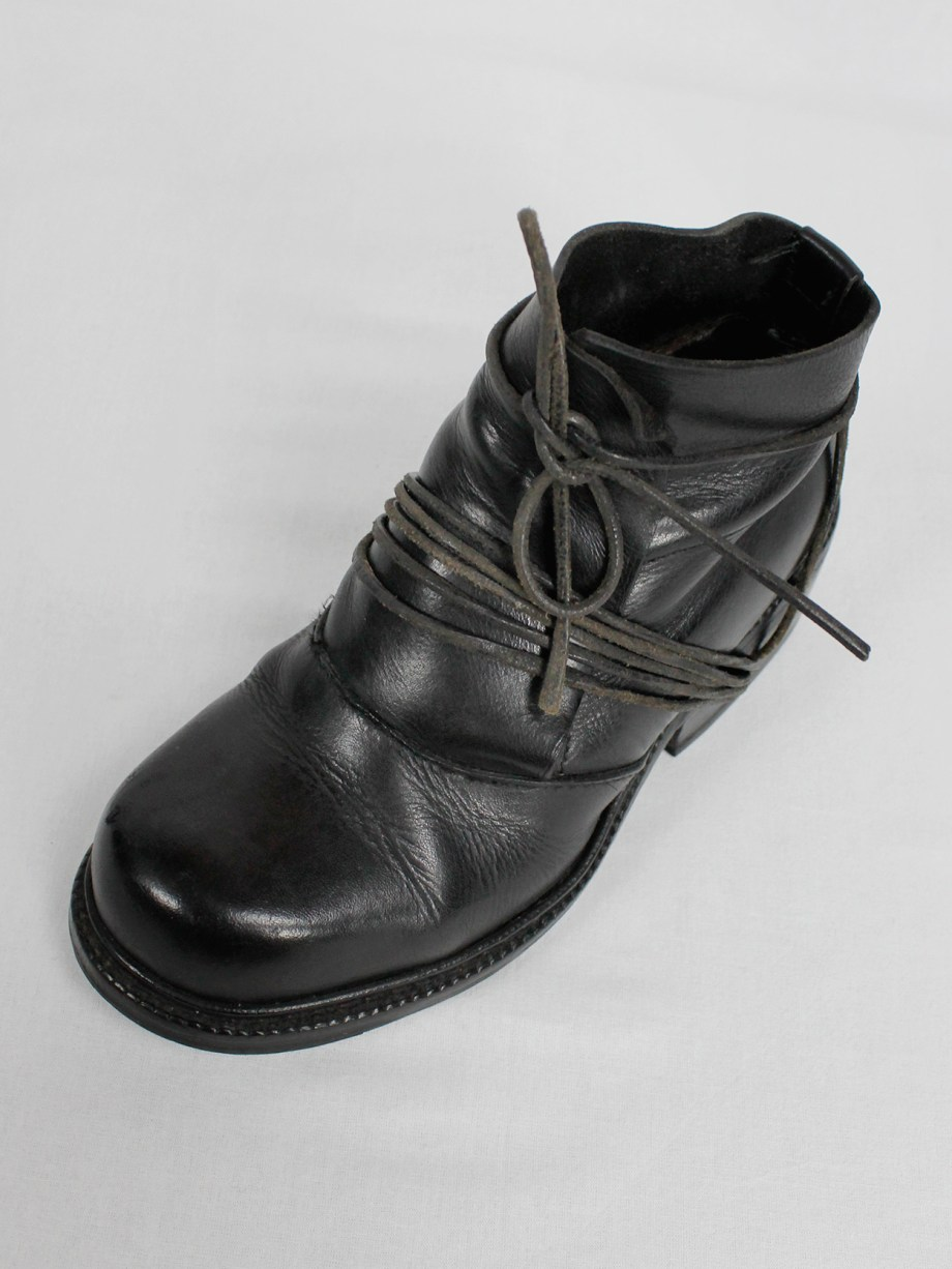 Dirk Bikkembergs black boots with flap and laces through the soles fall 1994 (11)