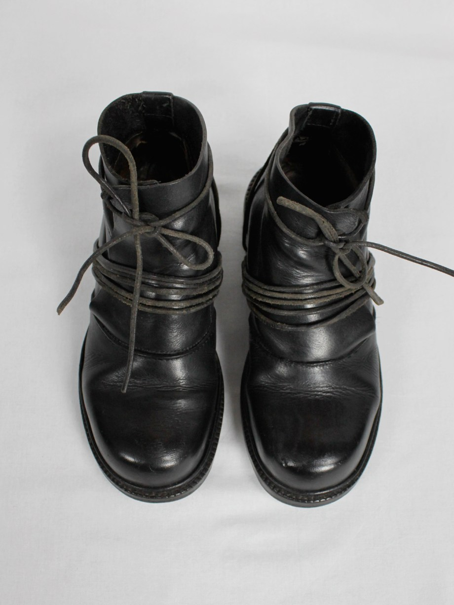 Dirk Bikkembergs black boots with flap and laces through the soles fall 1994 (3)