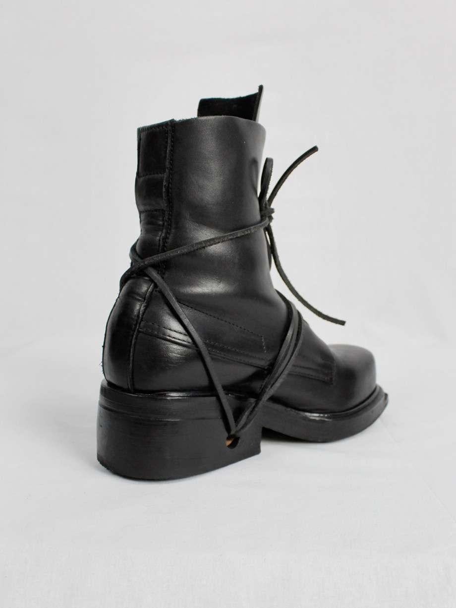 Dirk Bikkembergs black mountaineering boots with eyelets and laces through the soles (37) — mid 90's