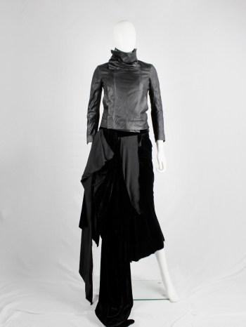 Rick Owens black leather classic biker jacket with standing neckline and cropped sleeves