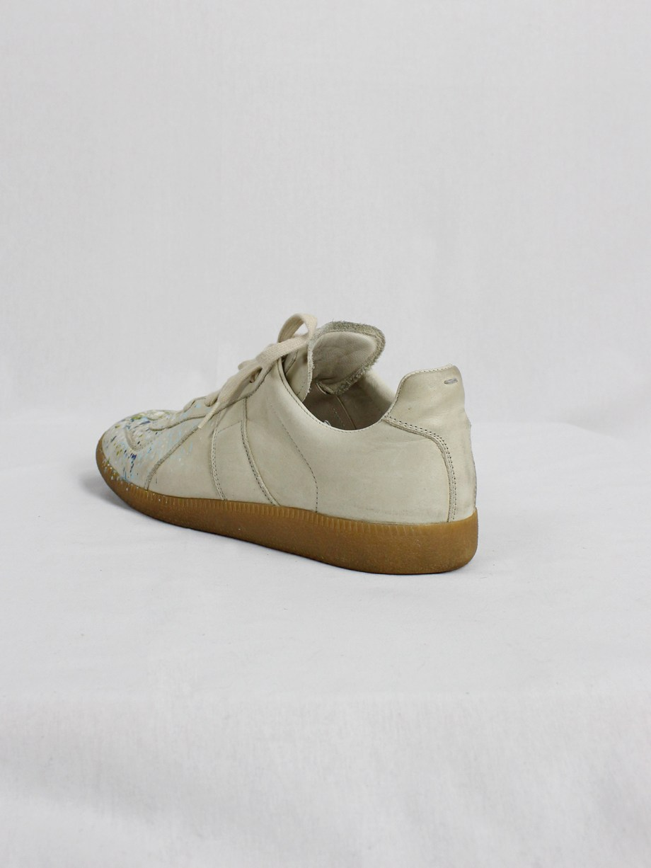 vintage Maison Martin Margiela replica beige sneakers with paint splatters (30)
