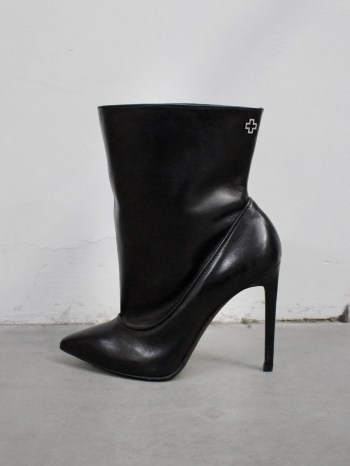A.F. Vandevorst Black Beauty stiletto ankle boots with white diamond cross (39) — pair 612