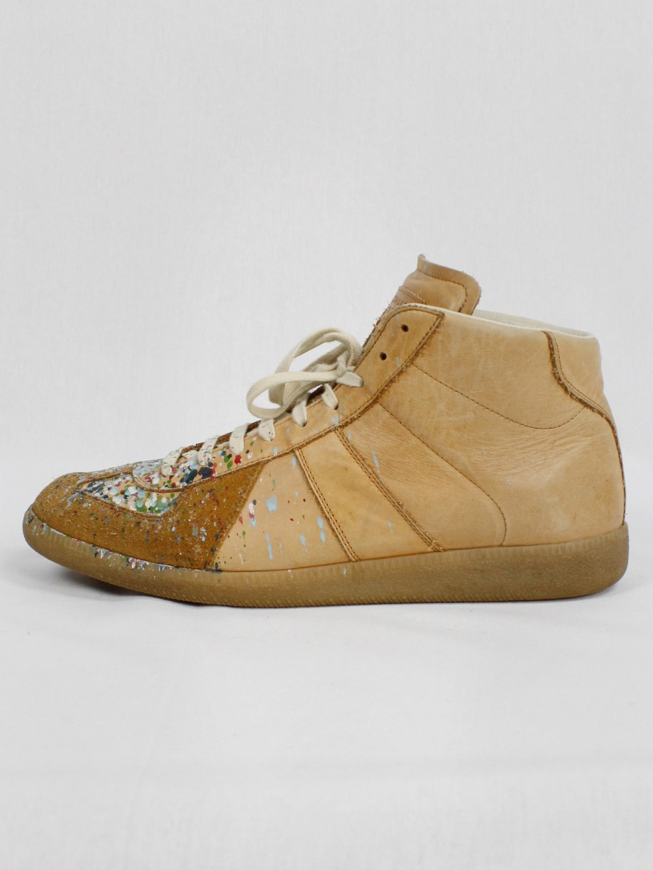 Maison Margiela orange high top sneakers with paint splatters (46)