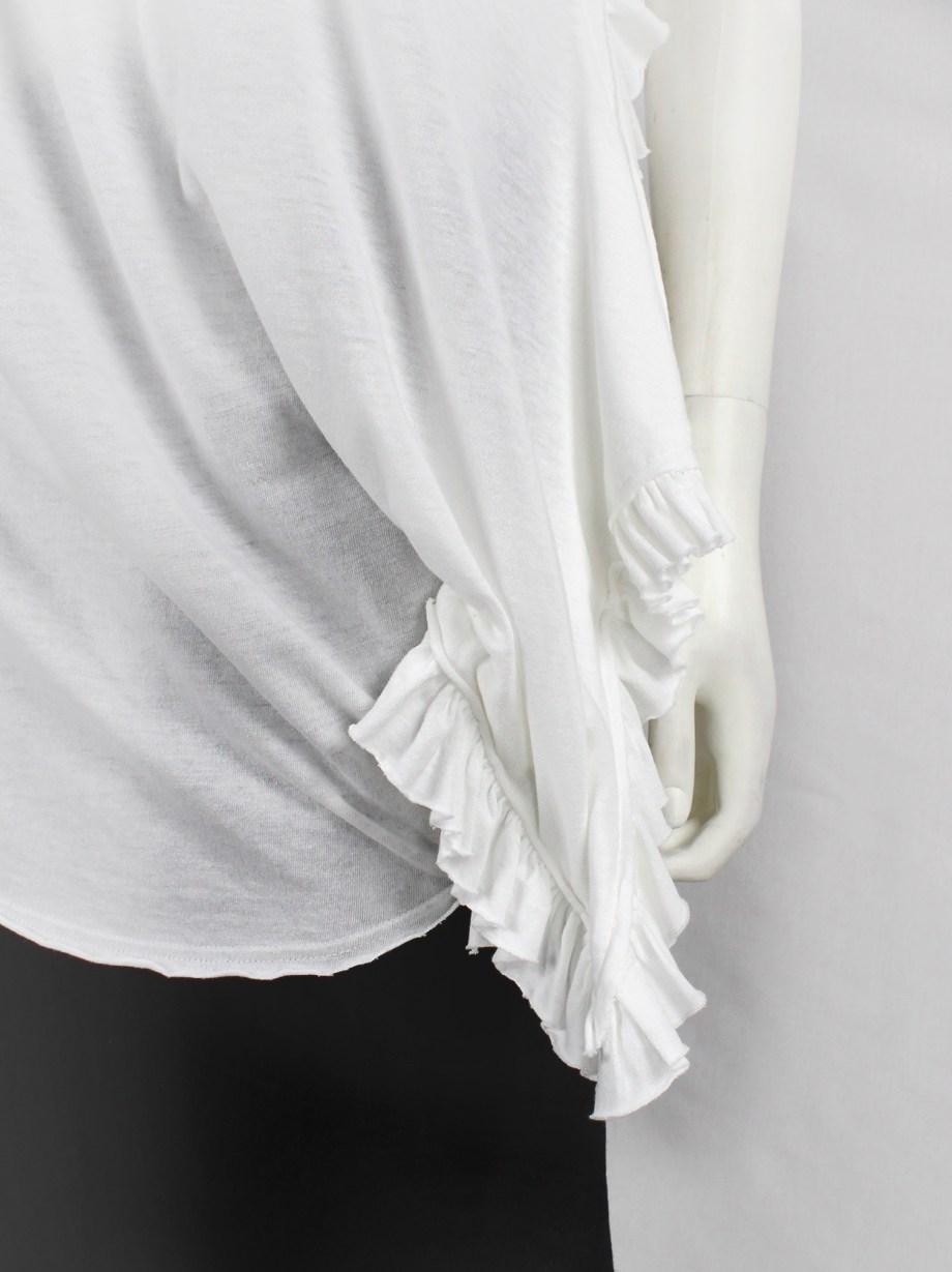 Comme des Garçons white deformed t-shirt with side ruffles — spring 2013