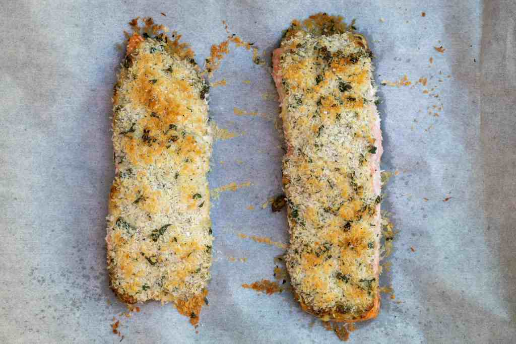 baked panko crusted salmon fillets