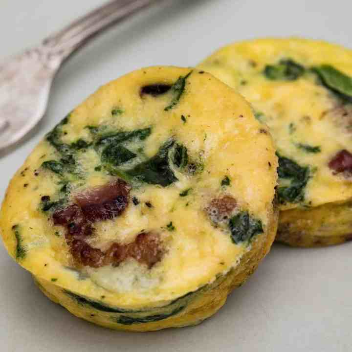 close-up of spinach bacon egg cups
