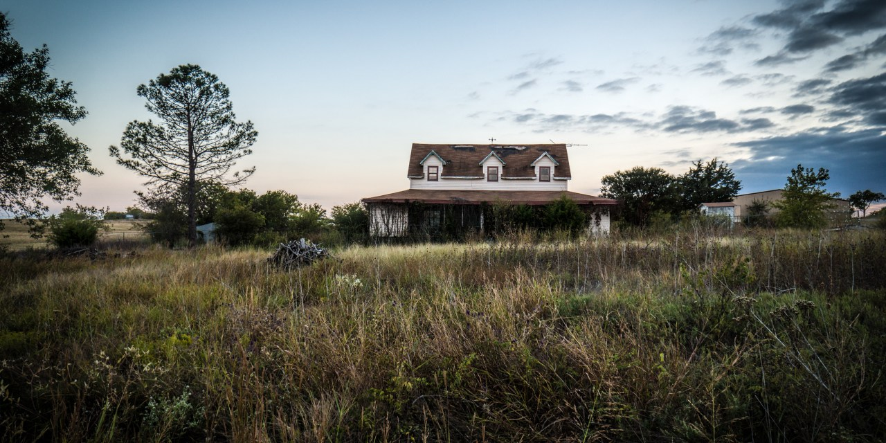 Abandoned Farm House Near Decatur, Texas – Demolished