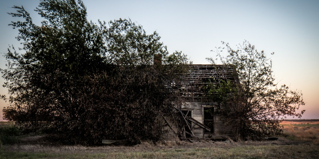 Abandoned Farm House North of Itasca, Texas