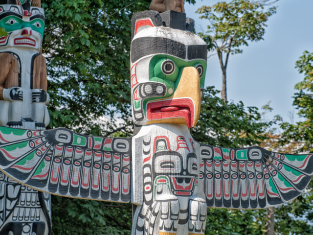 Totems  looking right 640
