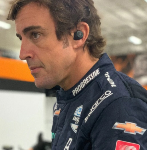 66: AURICULARES BEOPLAY E8 SPORT FERNANDO ALONSO