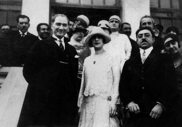 El líder turco Mustafa Kemal Ataturk y Los Reyes de Afganistan en Ankara 1928