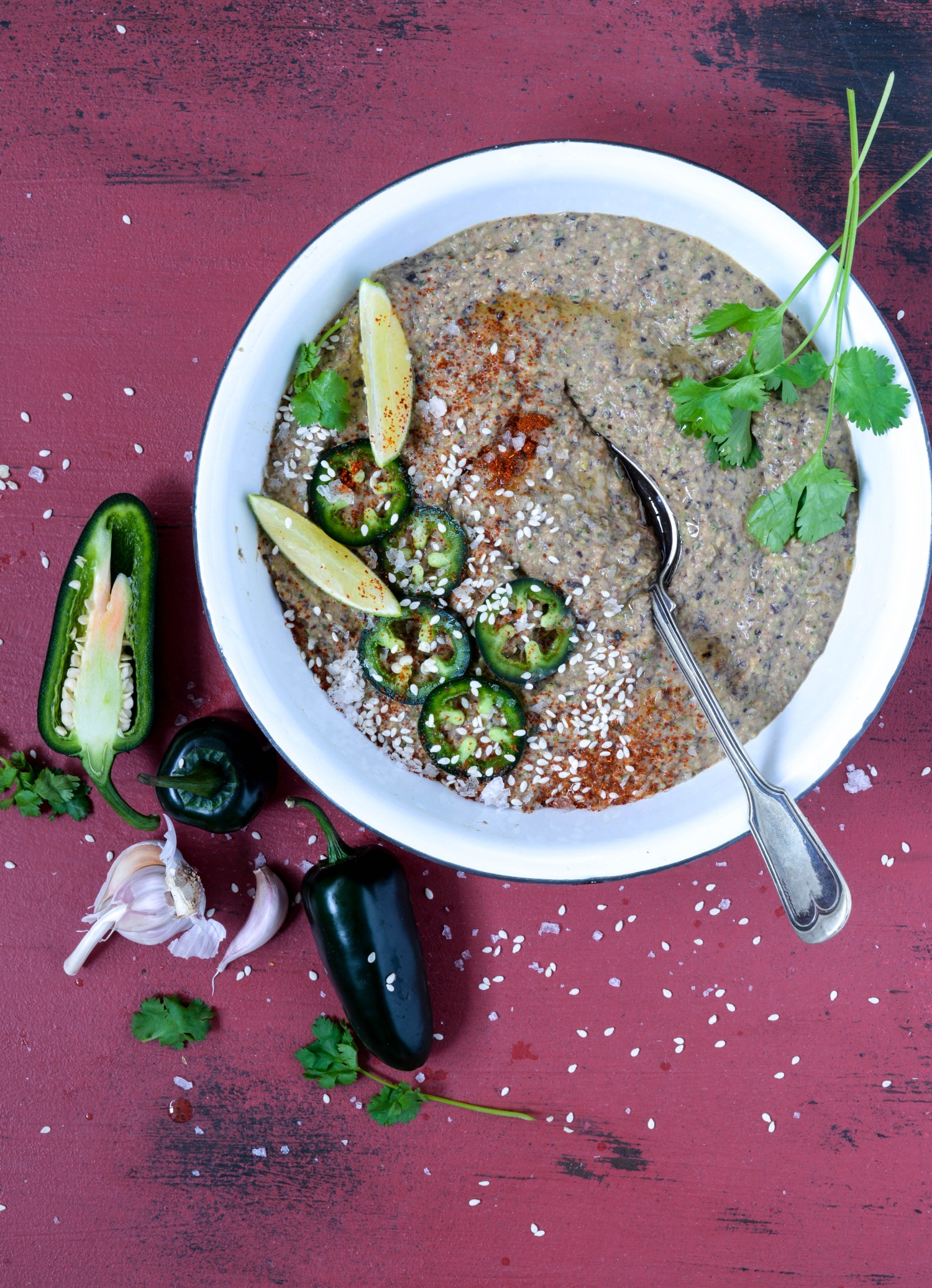 Smoky spicy blackbean hummus
