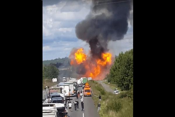N10 chevanceaux charente-maritime frankrijk explosie gasflessen