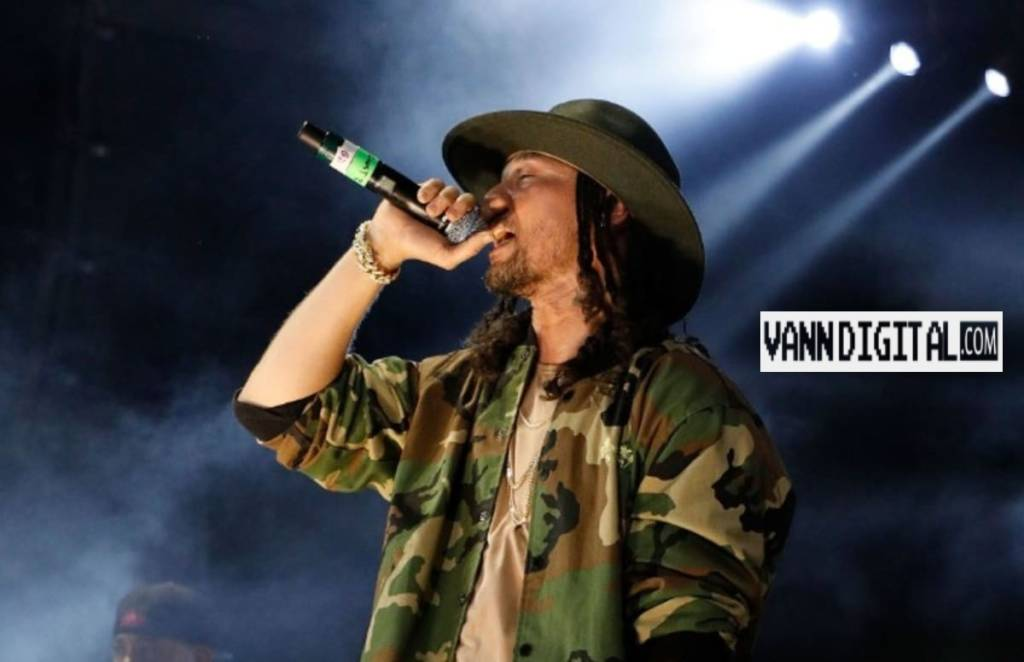 Bizzy Bone Discusses His Beef w/Migos & 21 Savage, New Music + More