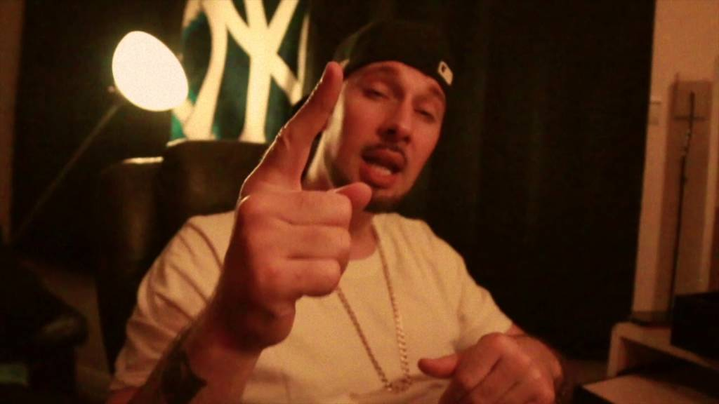 Video: Realio Sparkzwell feat. Tone Spliff - Feather Touch/Clark GabEl [Prod. Falling Down]