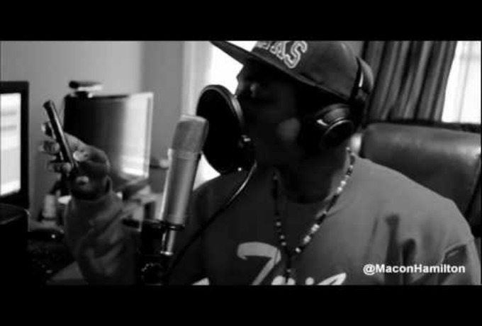 @MaconHamilton » Trapped In The 90's [Official Video]