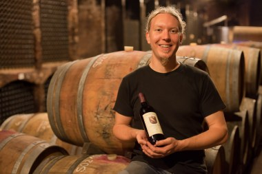 portret in wijnkelder