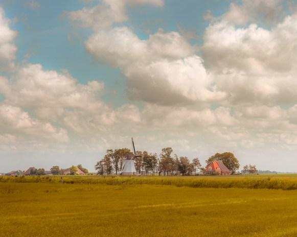 Landschap met molen bij Burdaard, Friesland