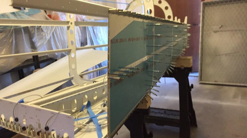 Aft fuselage side skin