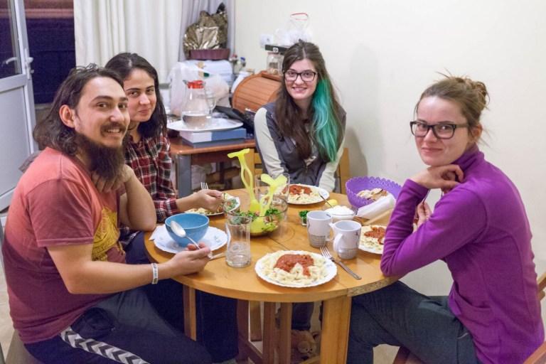 Večeře u Azize