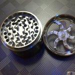 Mill-Aluminium-Diamond-Teeth-Grinder-Herb-Grinder-4-Part-0-0