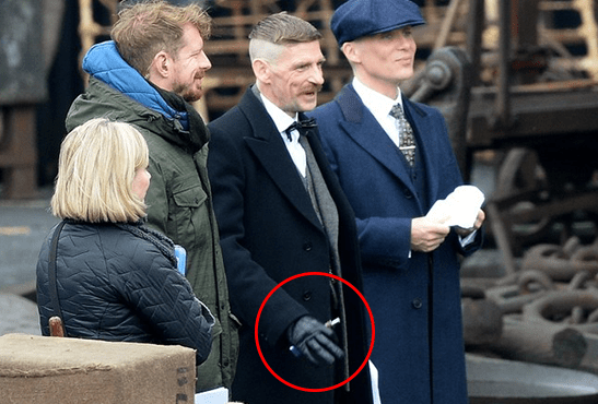 People The E Cigarette Is Needed On The Set Of The Series Peaky Blinders
