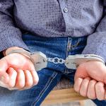 JUSTITIE: eigenaars van e-sigarettenwinkels van 4 in hechtenis voor de verkoop van cannabis